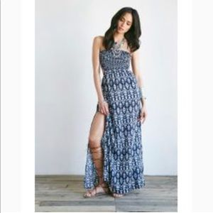 Forever 21 Ikat Print Cutout Maxi Dress in Navy
